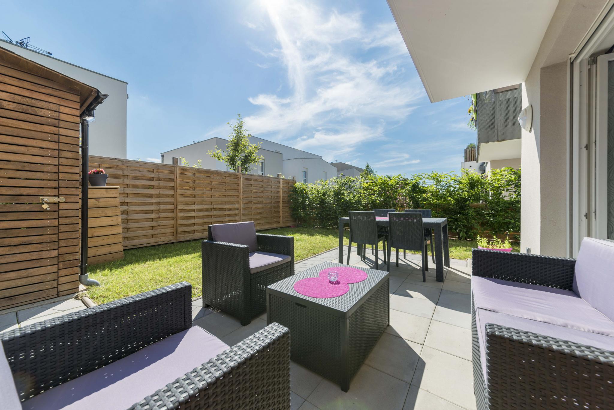 STRASBOURG STOCKFELD - 3p de 64m2 avec jardin de 58m2 et garage